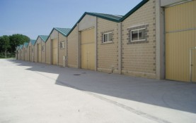 ROW OF INDUSTRIAL STORAGE UNITS IN MURCHANTE