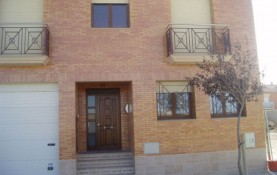 SINGLE-FAMILY HOUSE IN EJEA DE LOS CABALLEROS, PROV. OF ZARAGOZA