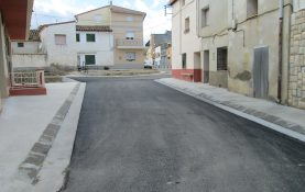 RENOVATION OF SERVICES AND PAVING OF THE STREET IN THE MIDDLE OF VILLARREAL DE HUERVA